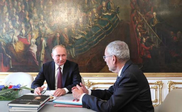 Austrian President Has No Plans to Meet Putin in Paris - Van der Bellen's Spokesman