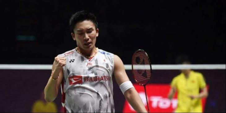 Badminton no.1 Momota faces Olympic champ in semis showdown