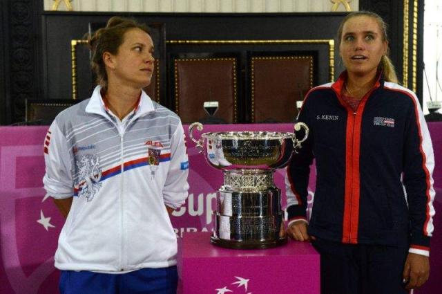 Strycova, Kenin to open Fed Cup final, Kvitova battling sickness