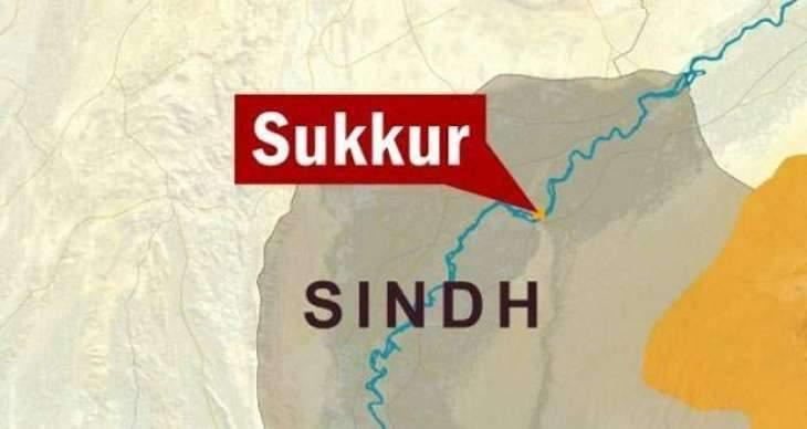 Commissioner Sukkur for timely completion of projects