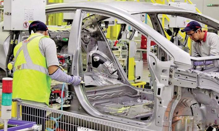 Pakistan To Have Its Own Auto Manufacturing Industry: PM Imran ...