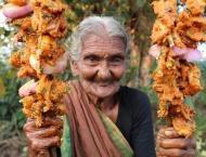 World's oldest Youtuber dies at 107