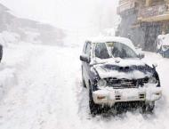 Intermittent rain coupled with snowfall increases hardships of GB ..