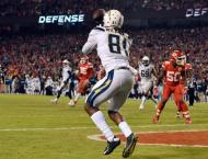 Chargers stun Chiefs late to clinch NFL playoff berth