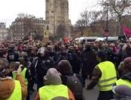 Total of 8,000 Policemen to Work During 'Yellow Vest' Rally in P ..