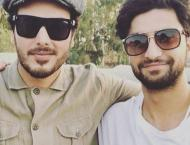 Ahad Raza Mir, Ahsan Khan exchange praise for their roles in Aang ..