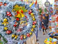 Christmas festivity boosts winter tourism