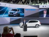 Daimler, BMW win green light for car-sharing merger