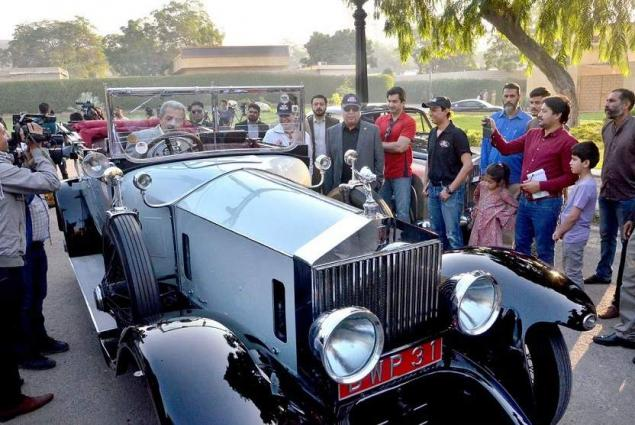 Governor Sindh Flags Off Car Rally Urdupoint