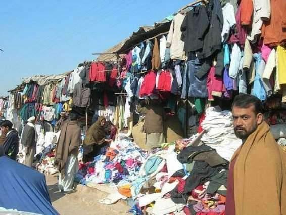 Sale of second hand warm clothes picks up in Landa Bazars Hyderabad