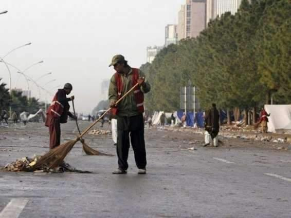 Multan Waste Management Company launches cleanliness operation