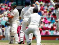 Struggling Australia throw away wickets in big run chase