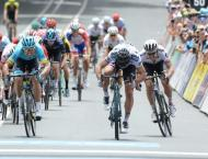 Sagan closes in on Tour Down Under lead with stage win