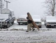 Heavy snowfall stuck life in Kaghan, Naran valley