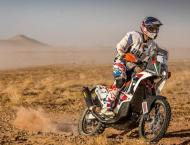 Emirati motocross champion flies UAE flag once again