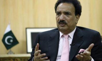 رئيس لجنة مجلس الشيوخ الباكستاني للشؤون ..