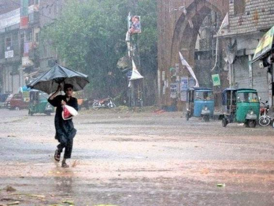 Rains, drizzle turned weather pleasant in Karachi