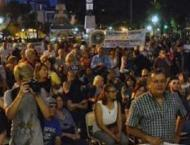 Argentine Capital Paralyzed by Rallies Over Austerity, Hike in Ut ..