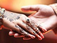 Social media unites Hungarian woman with Pakistani man