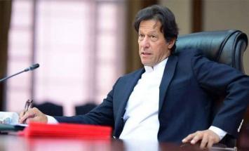 رئيس الوزراء الباكستاني يخول القوات ..