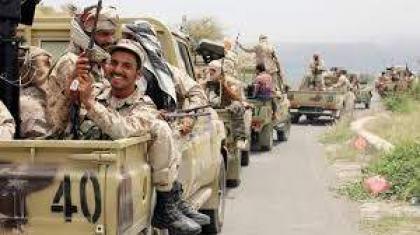 مقتل 12 مسلحا بمواجهات بين قبليين موالين للجيش اليمني والحوثيين في محافظة حجة– مصدر
