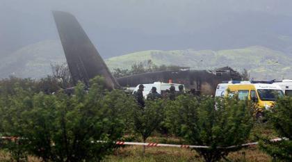 وزارة الدفاع الجزائرية تؤكد تحطم طائرة عسكرية غري البلاد