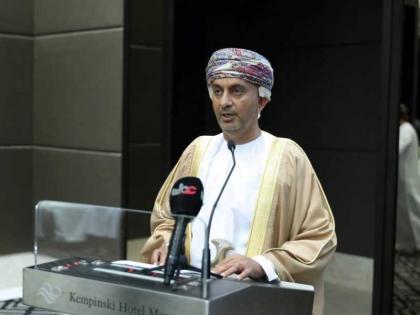 وزير الاقتصاد: العلاقات الإماراتية العمانية راسخة ونتطلع لشراكة مثمرة ومستدامة