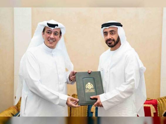 Abdullah bin Zayed receives copy of credentials of new Saudi Ambassador
