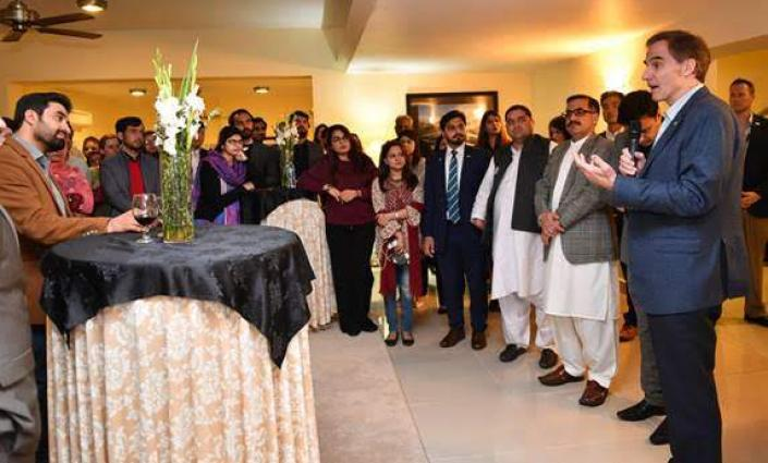 Ambassador Paul Jones Welcomes Newly Elected Leaders of Pakistan-U.S. Alumni Network