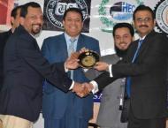 Dr Nasir of Engro Foods presents paper to increase dairy sector c ..