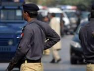 Police arrest 3- street criminals in Karachi