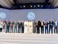 Mohammed bin Rashid honours winners of the Arab Journalism Award