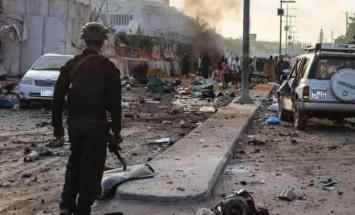 مقتل 11 وإصابة 16 آخرين بانفجار سيارة مفخخة ..