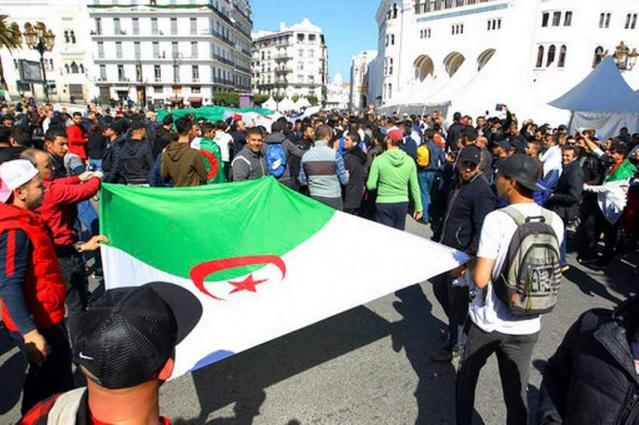 Algerians Take to Streets Despite Bouteflika Concessions