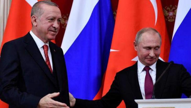 Turkey, Russia Working to Create Coordination Center on Syria's Idlib - Turkish Defense Minister Gen. Hulusi Akar