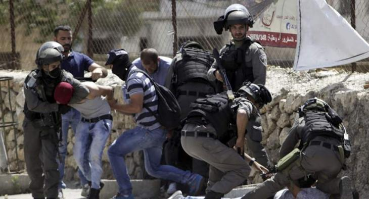 Israeli Forces Detain 16 Palestinians in West Bank Raids - Reports