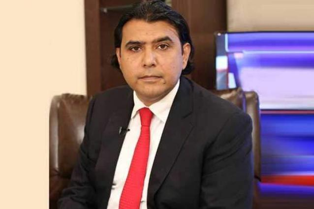 Mustafa Nawaz Khokhar flays Fawad's statement to bring banned outfit into mainstream