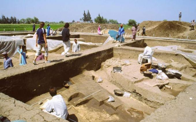 Crimea Recapping Five Years of Intensive Archeological Research
