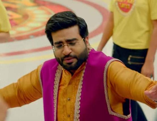 Aamir Liaquat wants to sue Mehwish Hayat for defaming his character in Load Wedding