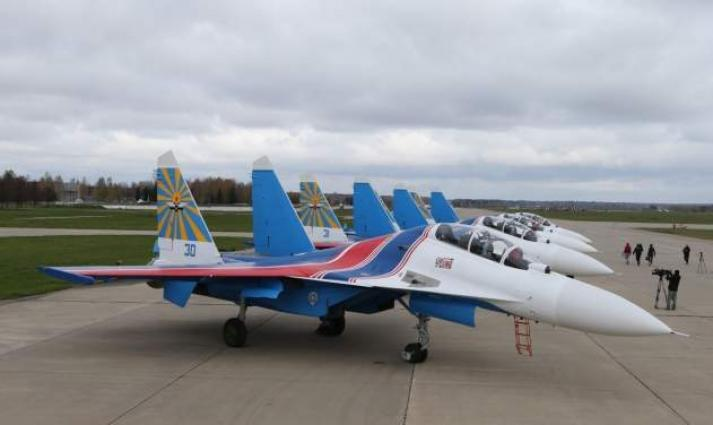 Russian Knights Aerobatics Team Plans to Upgrade From Su-30SM to Su-35 Jets - Commander