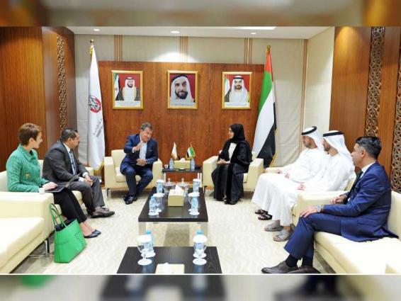 """حكومة أبوظبي تعزز خدماتها الرقمية لسكان الإمارة بالتعاون مع """"في إم وير"""""""
