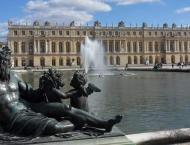 Massive Fire Breaks Out in French City of Versailles - Police