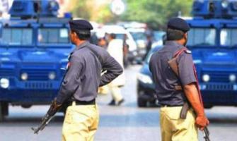 Four-member gang of dacoits arrested in Karachi