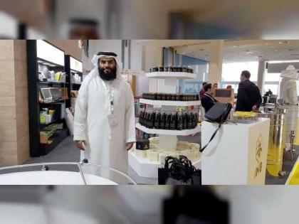 الإمارات بيئة مناسبة لتربية النحل .. وعسل السمر والسدر والغاف أجود الأنواع