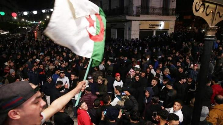 Algerian Army Chief Tries to Assuage Protesters Amid New Pro-Change Rallies