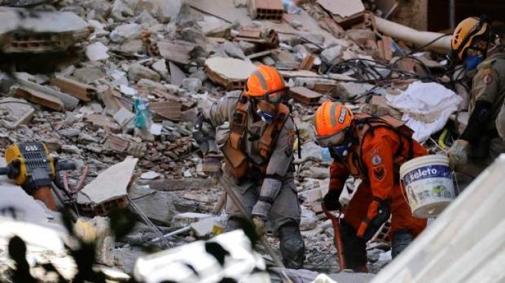 Death toll in Brazil buildings disaster hits 15