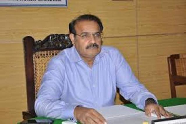 Deputy Commissioner Khanewal seeks report on damages caused by hailstorm