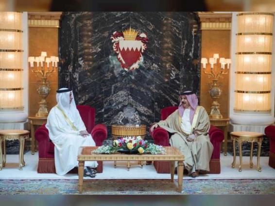 King of Bahrain receives Saif bin Zayed
