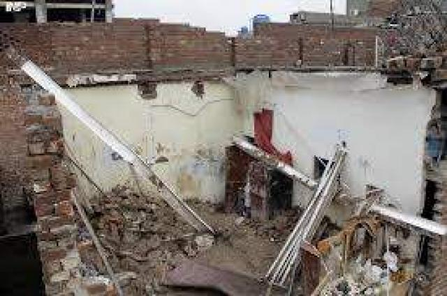 Roof collapse claims minor's life in Bajaur