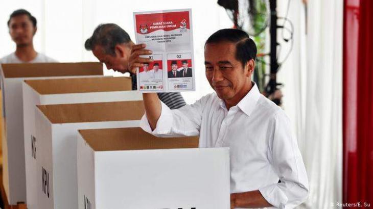 Incumbent Widodo Leading in Indonesia's Presidential Race - Exit Polls